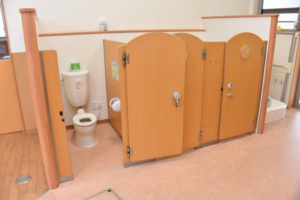 川越市や狭山市の中でも新しく清潔で最新設備が整っている園舎です