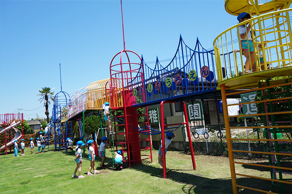 川越市、ふじみ野市、川島町周辺の幼稚園では最大級の遊具です。